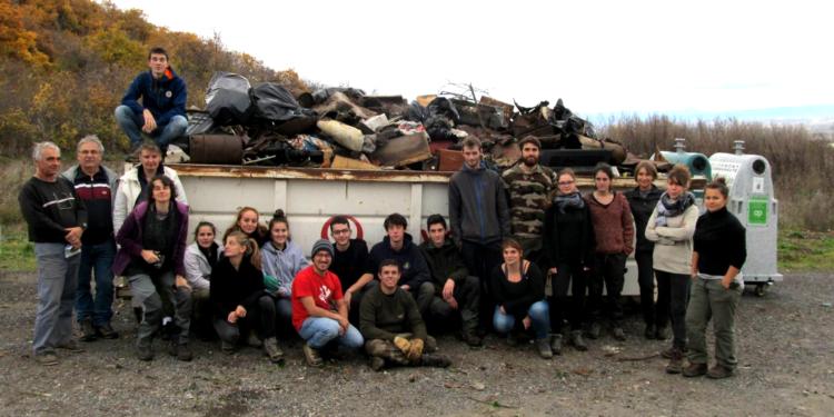 Opération chantier de nettoyage sur les côtes de Clermont